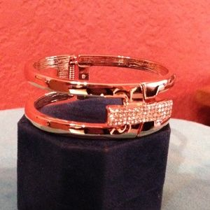 VINCE CAMUTO - Crystal Cuff Bracelet - NWOT